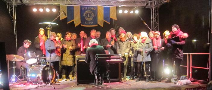 Blue Notes singen auf dem Charity-Weihnachtsmarkt in Tutzing