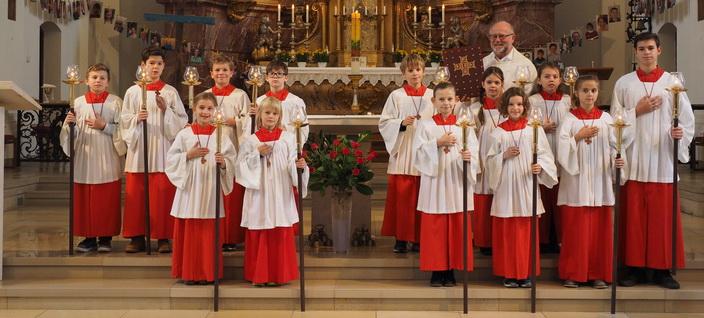 13 neue Ministranten in St. Joseph