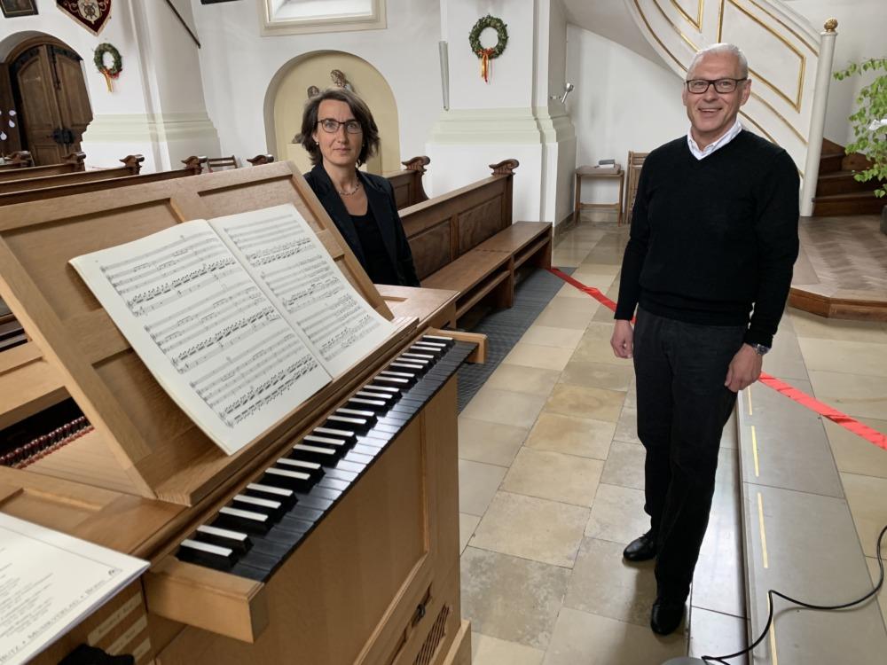 2 Orgeln spielten für die Alte Kirche St. Peter und Paul